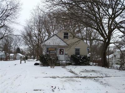 Lansing Single Family Home For Sale: 1615 Roseneath Ave