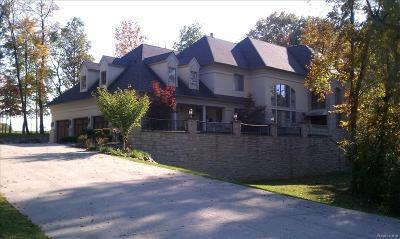 Farmington Hill Single Family Home For Sale: 36933 Howard Rd