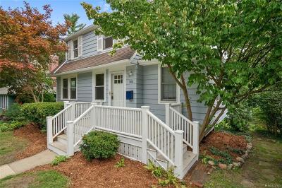 Ann Arbor Single Family Home For Sale: 300 Pineridge St