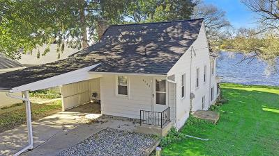Single Family Home For Sale: 5202 Happy Hollow Dr