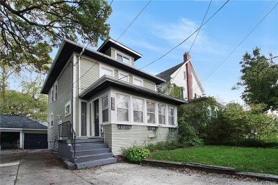 Lansing Single Family Home For Sale: 327 Lathrop St