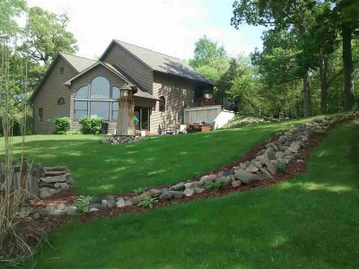 Coldwater Single Family Home For Sale: 410 River Rd