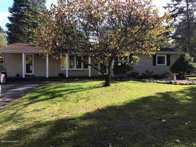 Jonesville Single Family Home Contingent - Financing: 119 Pinecrest Dr