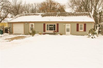 Lansing Single Family Home For Sale: 923 Jolly Rd