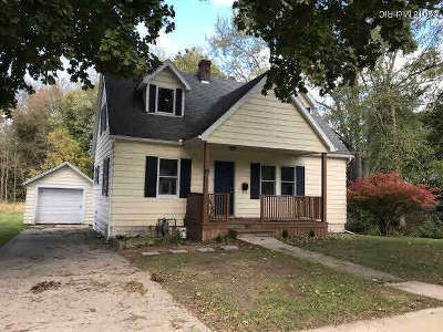 Hillsdale Single Family Home Contingent - Financing: 73 Westwood St