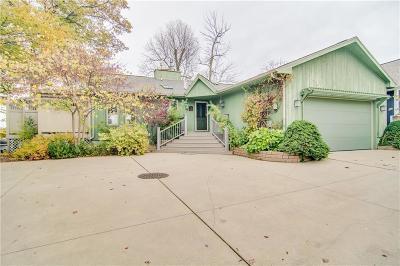 Plainwell Single Family Home For Sale: 10985 Long Point Dr
