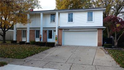 Livonia Single Family Home For Sale: 38926 Donald St