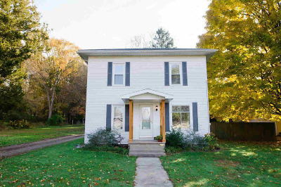 Jonesville Single Family Home For Sale: 438 Wright St