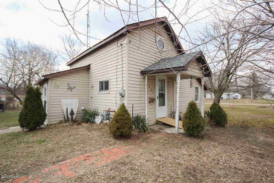 Jonesville Single Family Home For Sale: 501 Evans St