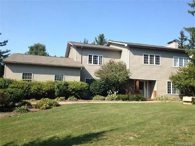West Bloomfield Single Family Home For Sale: 34344 W Fourteen Mile Rd
