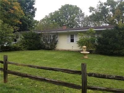 Single Family Home For Sale: 200 Lansing St