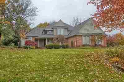 Milford Single Family Home For Sale: 214 Ravineside