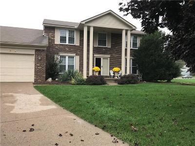 Farmington Hill Single Family Home For Sale: 35208 Savannah Crt