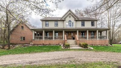 South Lyon Single Family Home For Sale: 8830 S Rushton Rd