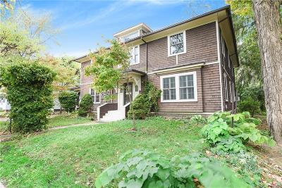 Jackson MI Single Family Home For Sale: $150,000