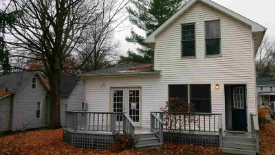 Hillsdale Single Family Home For Sale: 22 Marion St