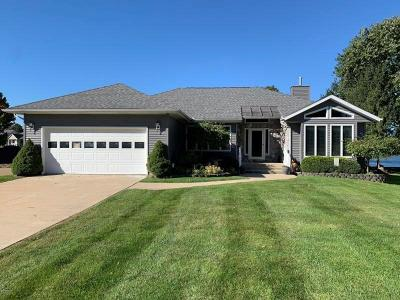 Branch County Single Family Home For Sale: 748 Tomahawk Trl