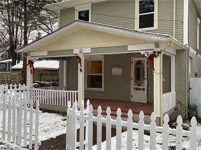 Lansing Single Family Home For Sale: 2107 Prospect St
