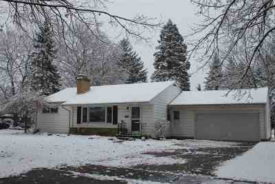 Lenawee County Single Family Home For Sale: 779 Harkness