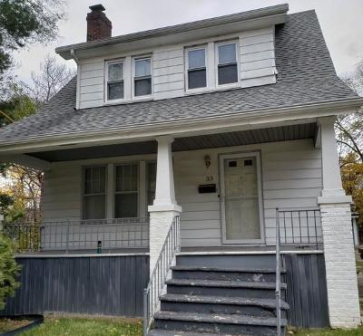 Single Family Home For Sale: 33 S Marshall St