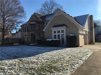 Farmington Hill Single Family Home For Sale: 37697 Emerald Forest Dr
