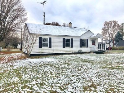 Lenawee County Single Family Home For Sale: 2047 Richards