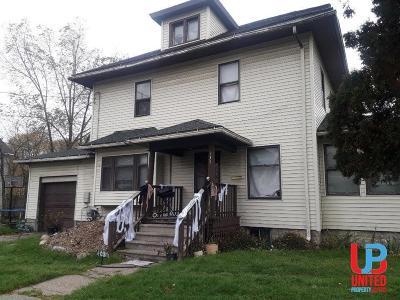 Lansing Single Family Home For Sale: 333 N Martin Luther King Jr Blvd