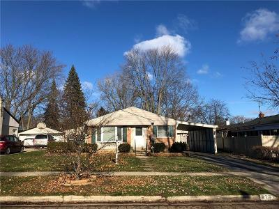 Northville Single Family Home For Sale: 875 Allen Dr