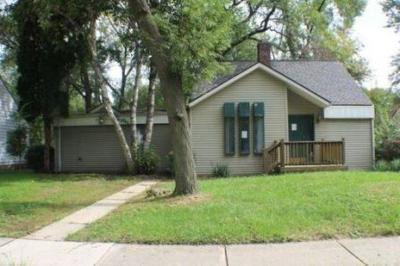 Farmington Hill Single Family Home For Sale: 21688 Tulane Ave