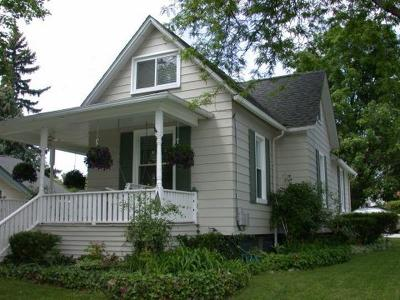 Plymouth Single Family Home For Sale: 261 Mill St