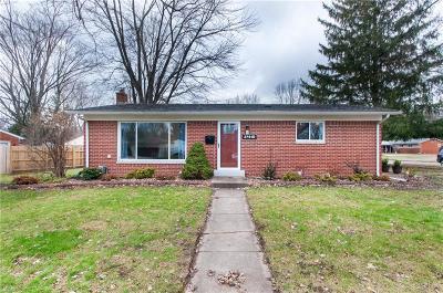 Farmington Hill Single Family Home For Sale: 27510 Doreen St