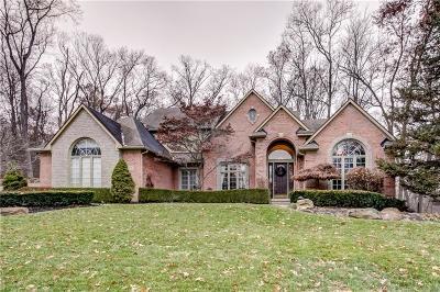 South Lyon Single Family Home For Sale: 8996 Cascade Dr