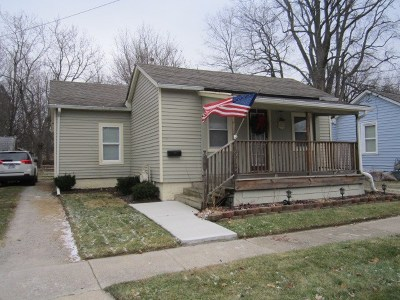 Lenawee County Single Family Home Contingent - Financing: 912 N Locust