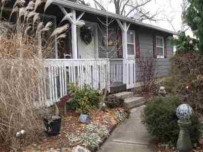 Lenawee County Single Family Home Contingent - Financing: 5548 Centennial