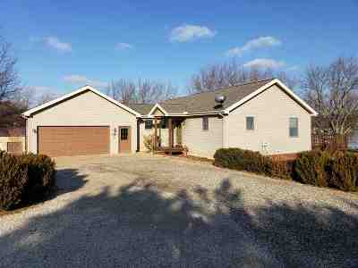 Onsted Single Family Home For Sale: 43 Twin Lake Dr