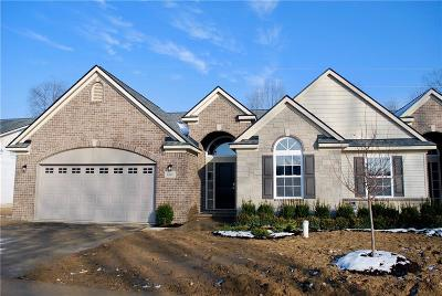 Milford Condo/Townhouse For Sale: 681 Andover Park Ln