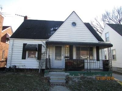 Single Family Home For Sale: 613 W Kalama