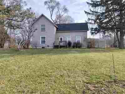 Brooklyn MI Single Family Home For Sale: $200,000