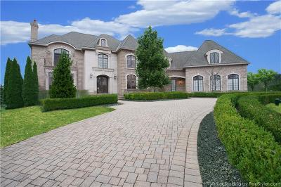 Northville Single Family Home For Sale: 47645 Bellagio Dr