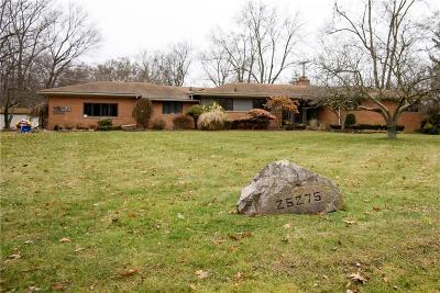 Farmington Hill Single Family Home For Sale: 25275 Brookview St