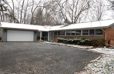 Farmington Hill Single Family Home For Sale: 29520 Sugar Spring Rd