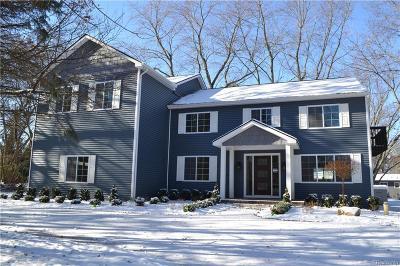 West Bloomfield Single Family Home For Sale: 6532 Loveland St