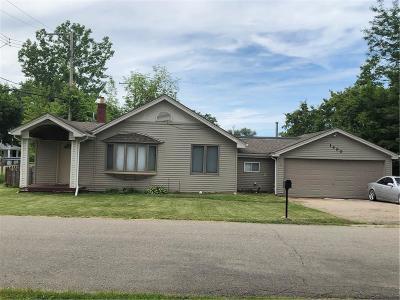 Single Family Home For Sale: 1400 Bamford Dr