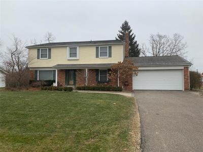 West Bloomfield Single Family Home For Sale: 7379 Edinborough