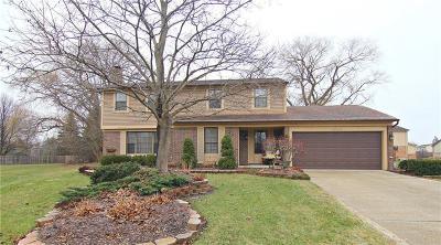 Farmington Hill Single Family Home For Sale: 37429 Chesterfield Crt