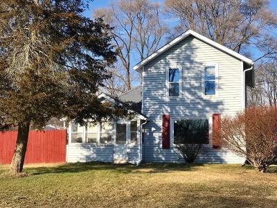 Stockbridge Single Family Home Contingent - Financing: 4879 E Main St