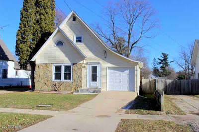 Jonesville Single Family Home Contingent - Financing: 409 West St