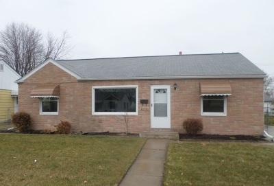 Single Family Home For Sale: 26540 Woodmont St