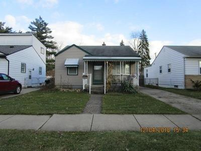 Single Family Home For Sale: 7985 Huron St