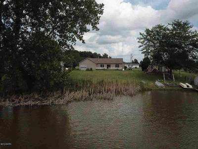 Hillsdale County Single Family Home For Sale: 14762 E Merry Dr